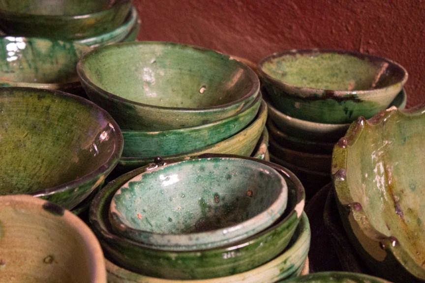 [img] Moroccan pottery Morocco travel tour