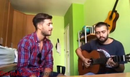 Samuel Aparicio Barea a la guitarra y Dario Quintana al cante.