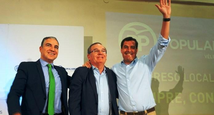 Bonilla renueva por unanimidad la Presidencia del PP veleño