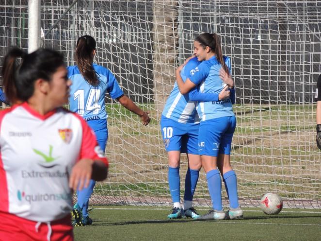 El Málaga Femenino, imparable y líder tras vencer en Badajoz (0-4)