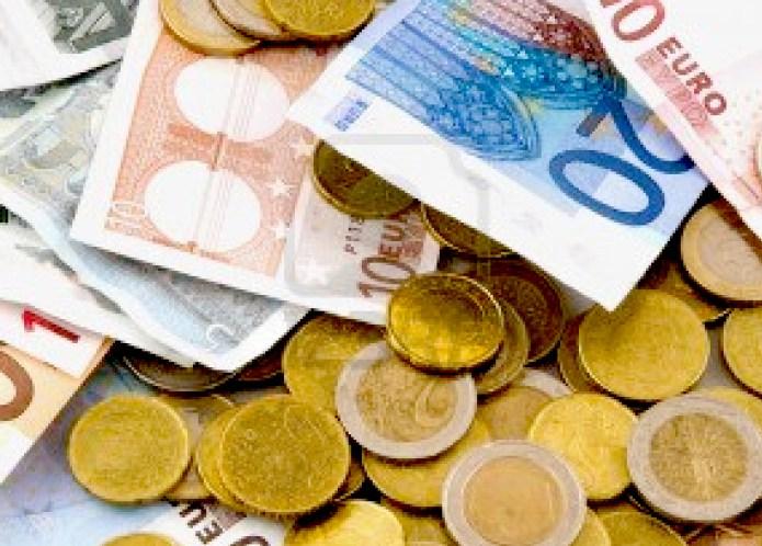 """La Policía Nacional detiene a seis personas por estafar 700.000 euros con el procedimiento de las """"cartas nigerianas"""""""