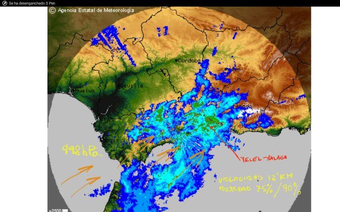 Foto: Protección Civil Vélez-Málaga. Asimismo, Aemet mantiene el nivel amarillo por fenómenos costeros en Málaga entre las 11.00 y las 22.00 horas de mañana por viento del oeste y suroeste fuerza 7 y olas de 3 metros.