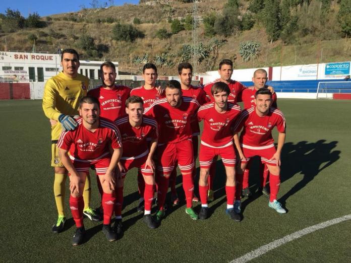 El Palo alarga la mala racha del Club Deportivo Torrox (3-1)