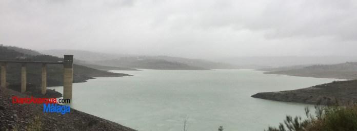 El Pantano de La Viñuela alcanza los 44.37 hectómetros cúbicos