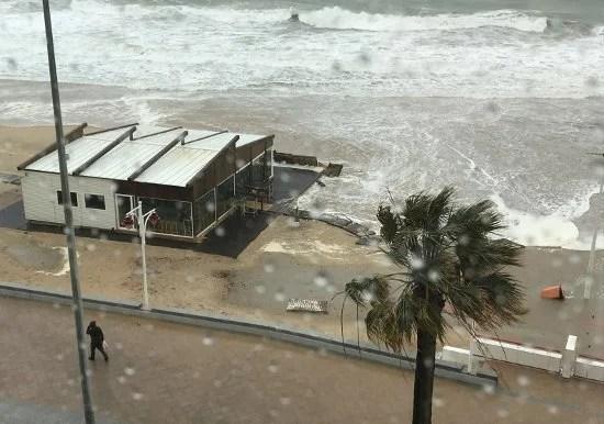 Registradas casi 400 incidencias por el temporal en Andalucía