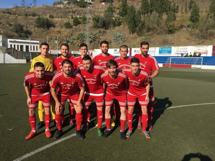 Con este punto, el equipo de Adrián Domínguez se coloca cuarto con cuarenta y seis puntos, a nueve del tercero.