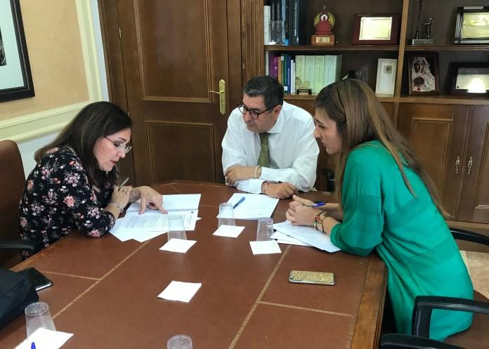 Moreno Ferrer propicia un encuentro con la Junta para establecer un plan de vivienda en régimen de alquiler para Vélez-Málaga