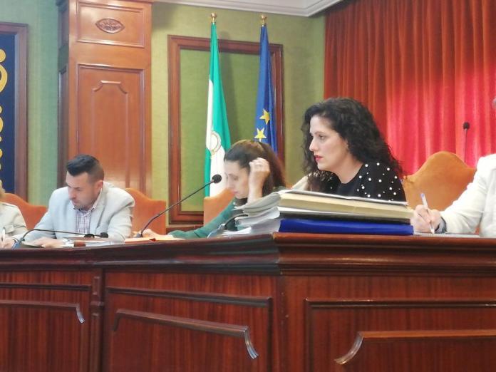 La portavoz, María del Carmen López, insta al tripartito a poner en marcha los proyectos aportados por Cs en los presupuestos municipales.