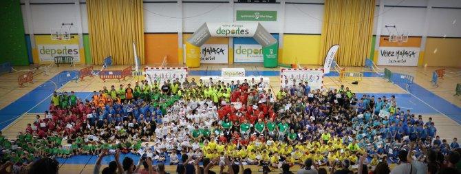 Más de 1.300 escolares clausuran los Juegos Deportivos Municipales de Vélez-Málaga
