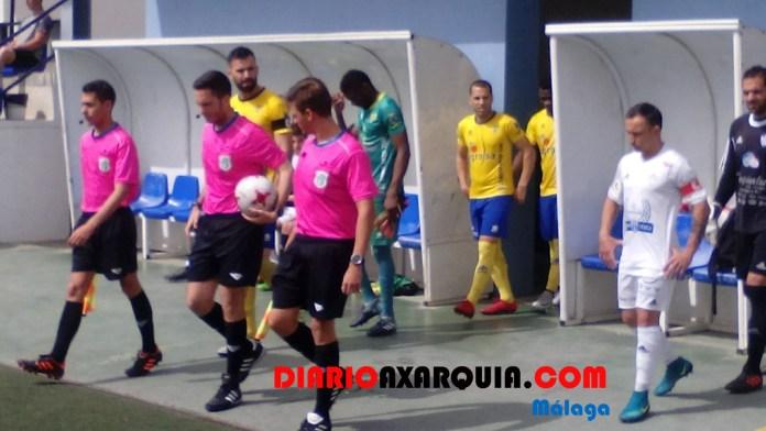 El Vélez golea al Villacarrillo en una mañana plagada de despedidas (4-0)