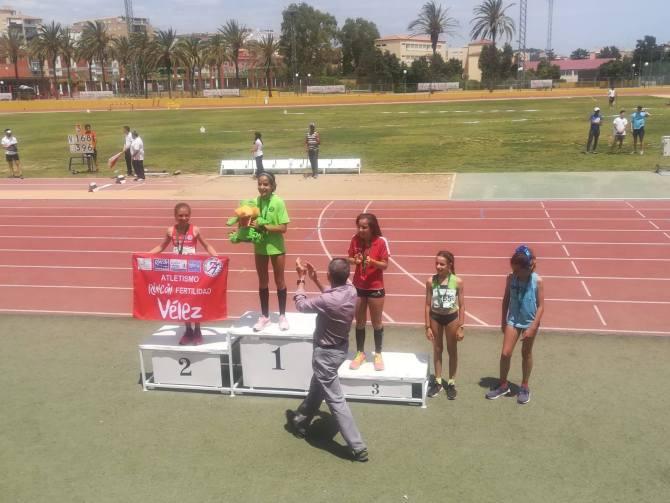 El Club Atletismo Rincón Fertilidad Vélez arrasa en el Campeonato de Andalucía Sub'2