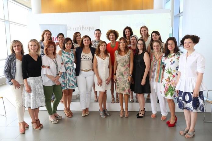 La Diputación apoya a las voluntarias del proyecto 'Inspiring Girls', una iniciativa que pretende erradicar la desigualdad desde las aulas