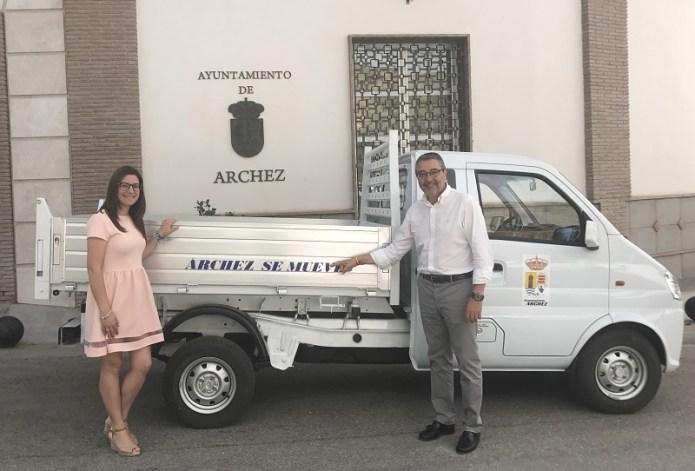La Diputación invierte 20.500 euros en un nuevo vehículo para los servicios operativos de Árchez