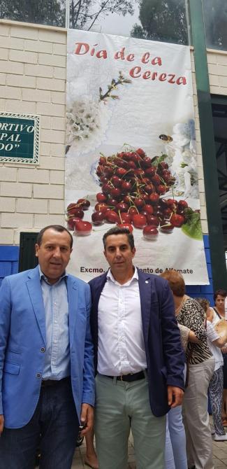 """Ruiz Espejo destaca la cereza de Alfarnate como un """"referente de la calidad en el cultivo agrícola malagueño"""""""