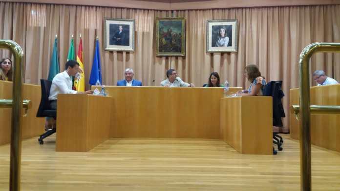 Arranca el curso político en Vélez-Màlaga con un tranquilo Pleno