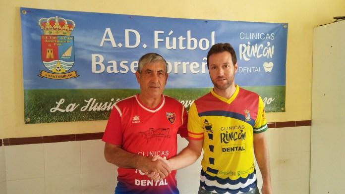 La U.D. Torre del Mar y la A.D. Fútbol Base Torreño cierran un acuerdo de colaboración