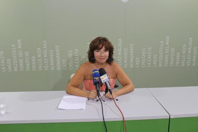 Vélez-Málaga se vuelca con la inauguración del Mercado de San Francisco, el primero de estas características de la Axarquía