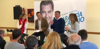 El candidato popular a la Junta y José Alberto Armijo participan en un foro con el Centro Cultural totalmente lleno.