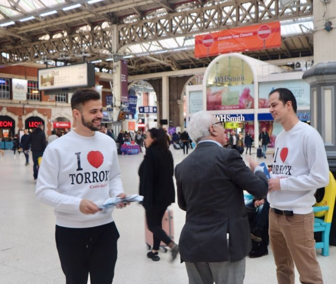 Torrox comienza la acción promocional del municipio en la WTM de Londres