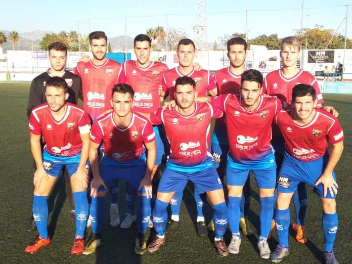 El Torre del Mar gana al Pizarra y recupera la senda del triunfo (2-0)