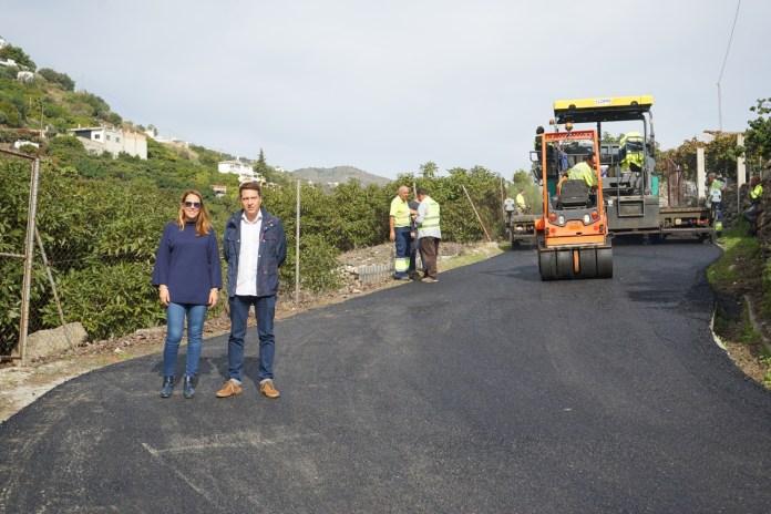 Los trabajos de rehabilitación de la carretera de Frigiliana estarán listos la próxima semana