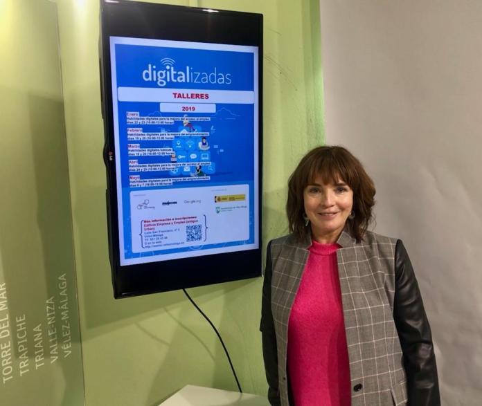 Presentada la programación de los talleres de habilidades digitales para mujeres en Vélez-Málaga