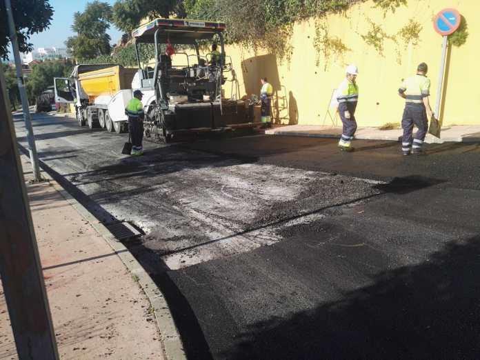 Las obras de asfaltado de la Urbanización Añoreta se encuentran al 80% de su ejecución tras una inversión de 206.923,99 euros