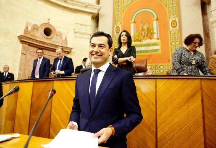 """Juanma Moreno propone un cambio """"conciliador pero real"""" y anuncia que su máxima prioridad será crear empleo"""