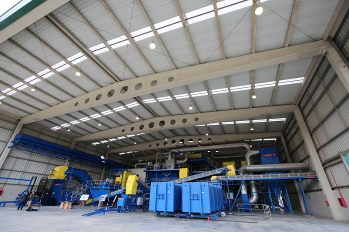 Comienza la actividad de la nueva planta para el tratamiento y reciclaje de la basura de 91 municipios
