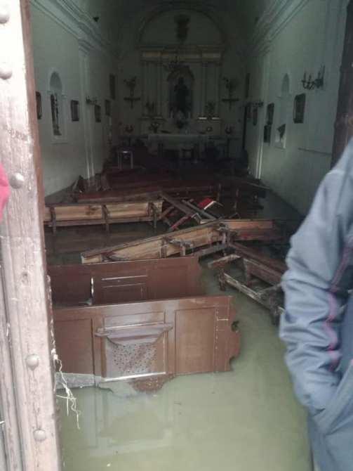 La Iglesia ha sufrido importantes daños.