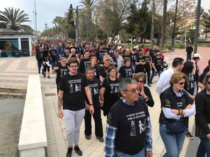 Vélez-Málaga se vuelca con la quinta edición del paseo solidario por la inclusión de ANNE-Axarquía