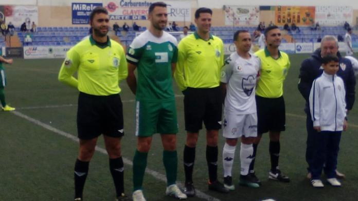 El Atarfe tumba las opciones del Vélez (1-2)