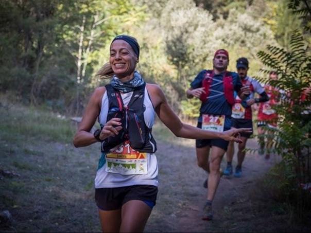 La corredora Sandra Molina, tercera en la categoría femenina de los 50km.