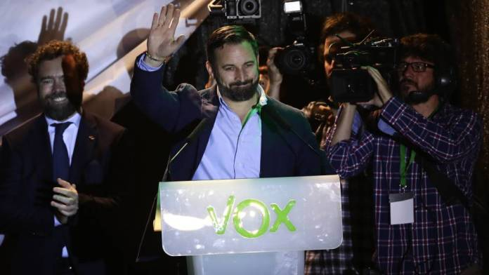 Vox entra por primera vez en el Congreso de los Diputados con 24 escaños