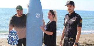Los bañistas se introdujeron en el agua siendo sorprendidos por una fuerte resaca que los llevó mar adentro.