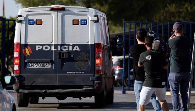 Ingresan en prisión los miembros de La Manada