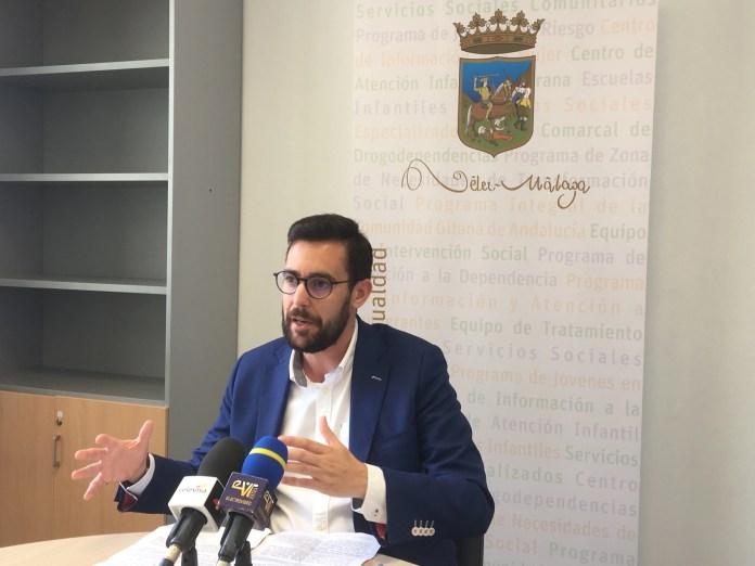 Vélez-Málaga gestiona nuevas ayudas para mayores y personas con discapacidad