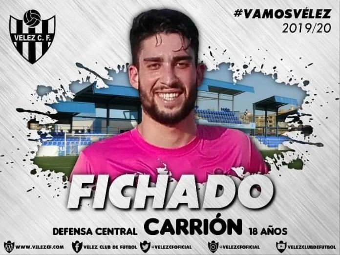 Vélez CF hace oficial la contratación del defensa central de 18 años Jorge Carrión