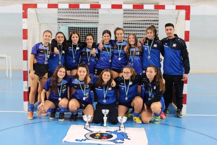 El equipo femenino cadete del Club de Hockey La Candelaria de Benagalbón se proclama subcampeón en el Campeonato de Andalucía