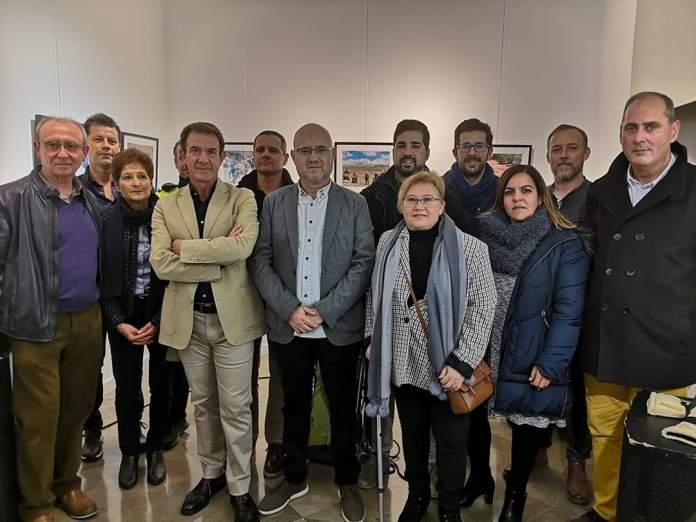 Inaugurada la exposición fotográfica 'De la Axarquía al Ighil M'Goun' a beneficio de Amivel