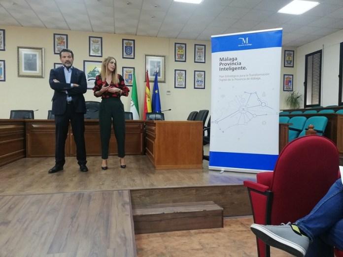 La Diputación diseñará un plan de transformación digital para la lucha contra la despoblación en la provincia de Málaga