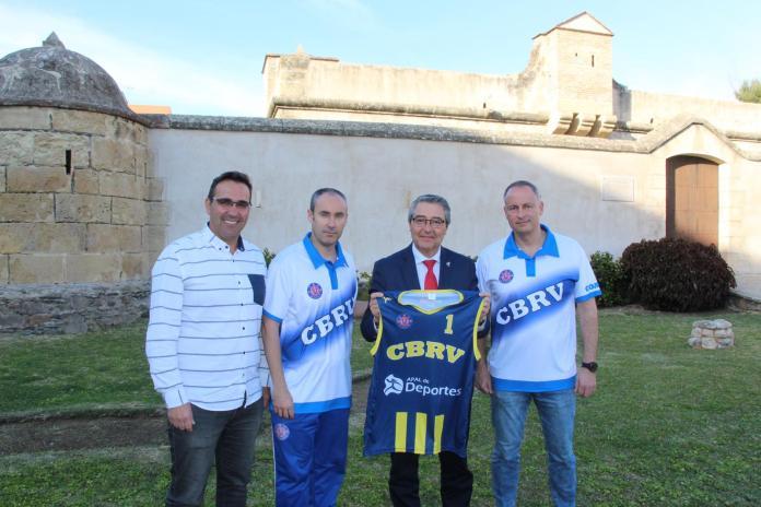 El Club Baloncesto Rincón presenta su nueva equipación