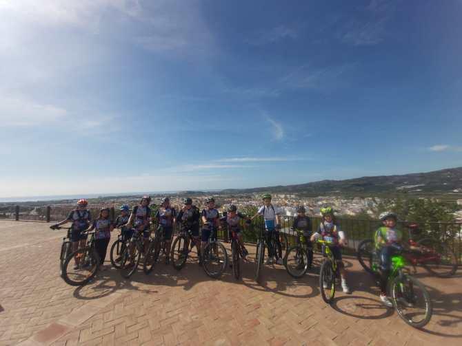 La Escuela de Ciclismo Rincón Sport Team se entrena y participa en el Rally Escolar Yunquera