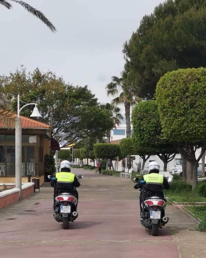La Policía Local de Rincón de la Victoria intensifica los controles de seguridad para el cumplimiento de las medidas de transito peatonal y movilidad en el municipio