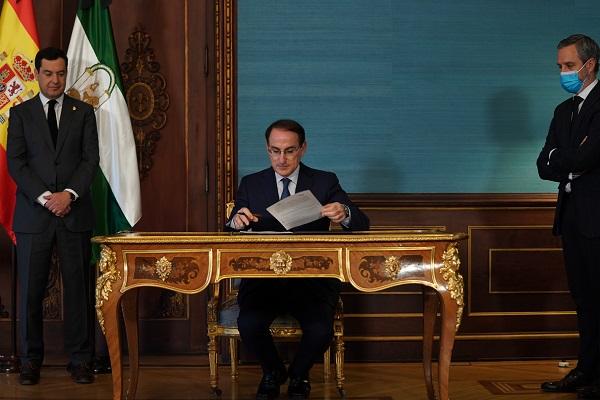 Moreno pone en valor que las ayudas del Gobierno andaluz a autónomos y pymes movilizan 1.000 millones de euros