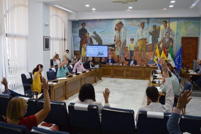 El Ayuntamiento de Rincón de la Victoria aprueba por unanimidad el nuevo Reglamento Orgánico que agilizará la organización y gestión municipal