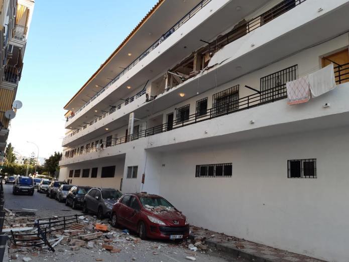Fallece una mujer en el derrumbe de una vivienda por una explosión de gas en Torre del Mar