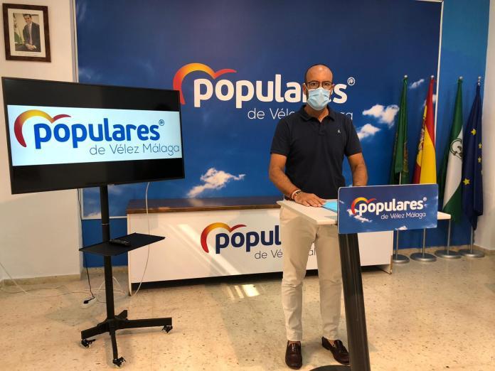 El PP pide que los plenos y comisiones de Vélez-Málaga se celebren ya de forma presencial