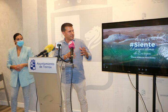 Torrox intensifica su promoción en captar al turismo nacional