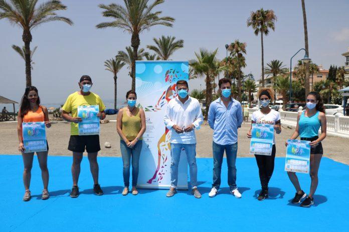 Torrox retoma las actividades deportivas en las playas de Ferrara y El Morche